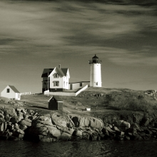 I decide I would take a few shots of my favorite lighthouse and change them up a bit with processing.