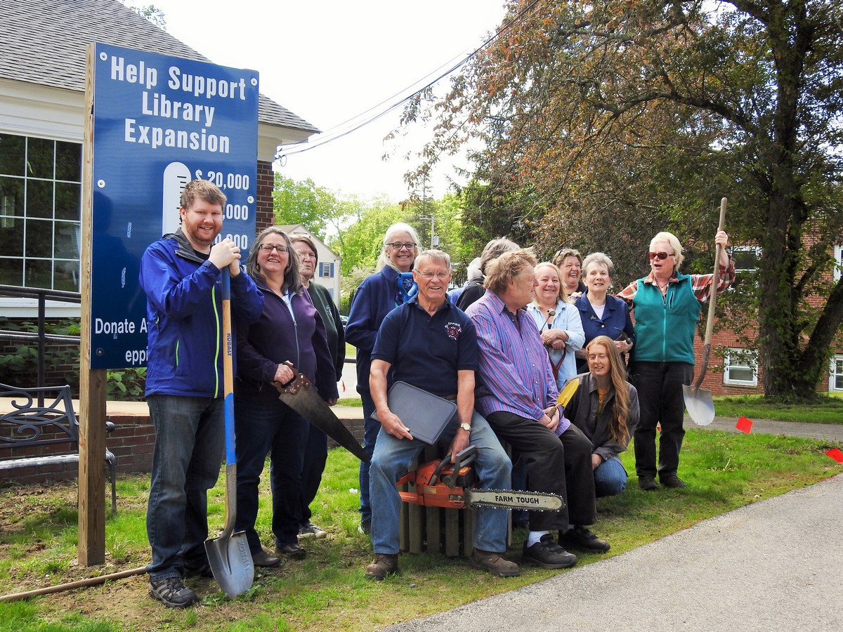 Friend's of the Epping Library support their friend and leader Charlie who is trying very hard to keep within our $600,000 budget for the addition.